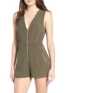 🆕 Nordstrom Storee Olive Romper Size Small
